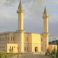 Bejtyl-Evel-Camii-Tiran-Arnavutluk