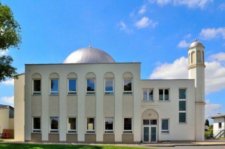 """18.10.2008, Milli Gazete """"Doğu Almanya'da ilk cami açıldı """""""