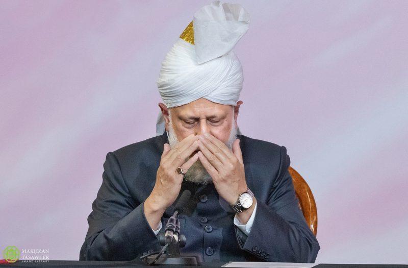 Müslüman Ahmediye Cemaati Başkanı'nın Endonezya'da Ahmediler'in gaddarca öldürülmeleri karşısında açıklaması