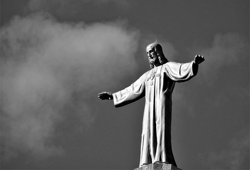 "İncil ve Tevrat'a göre ""Hz İsa (a.s.) İlah Olamaz"""